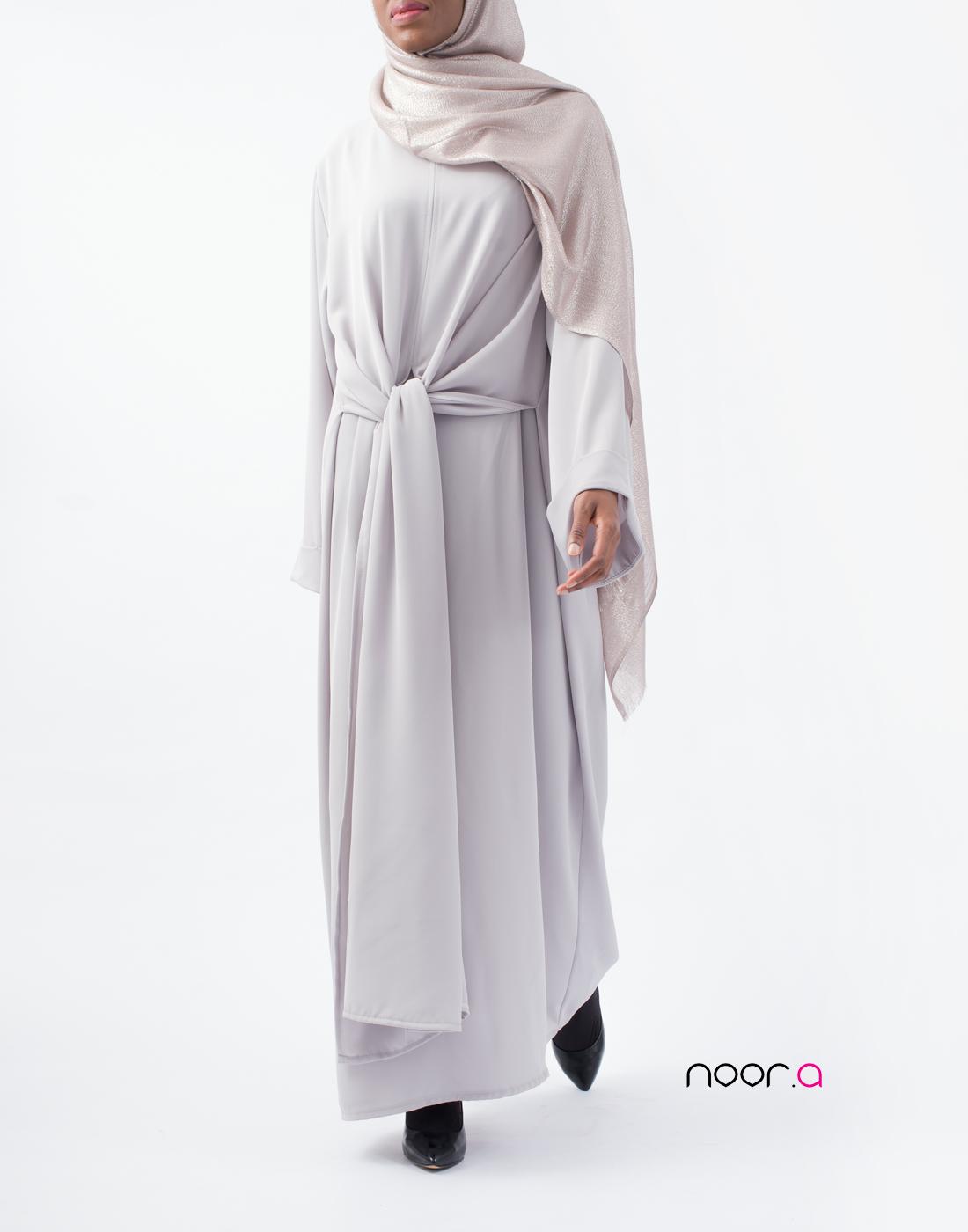 noor-a-robegrise1