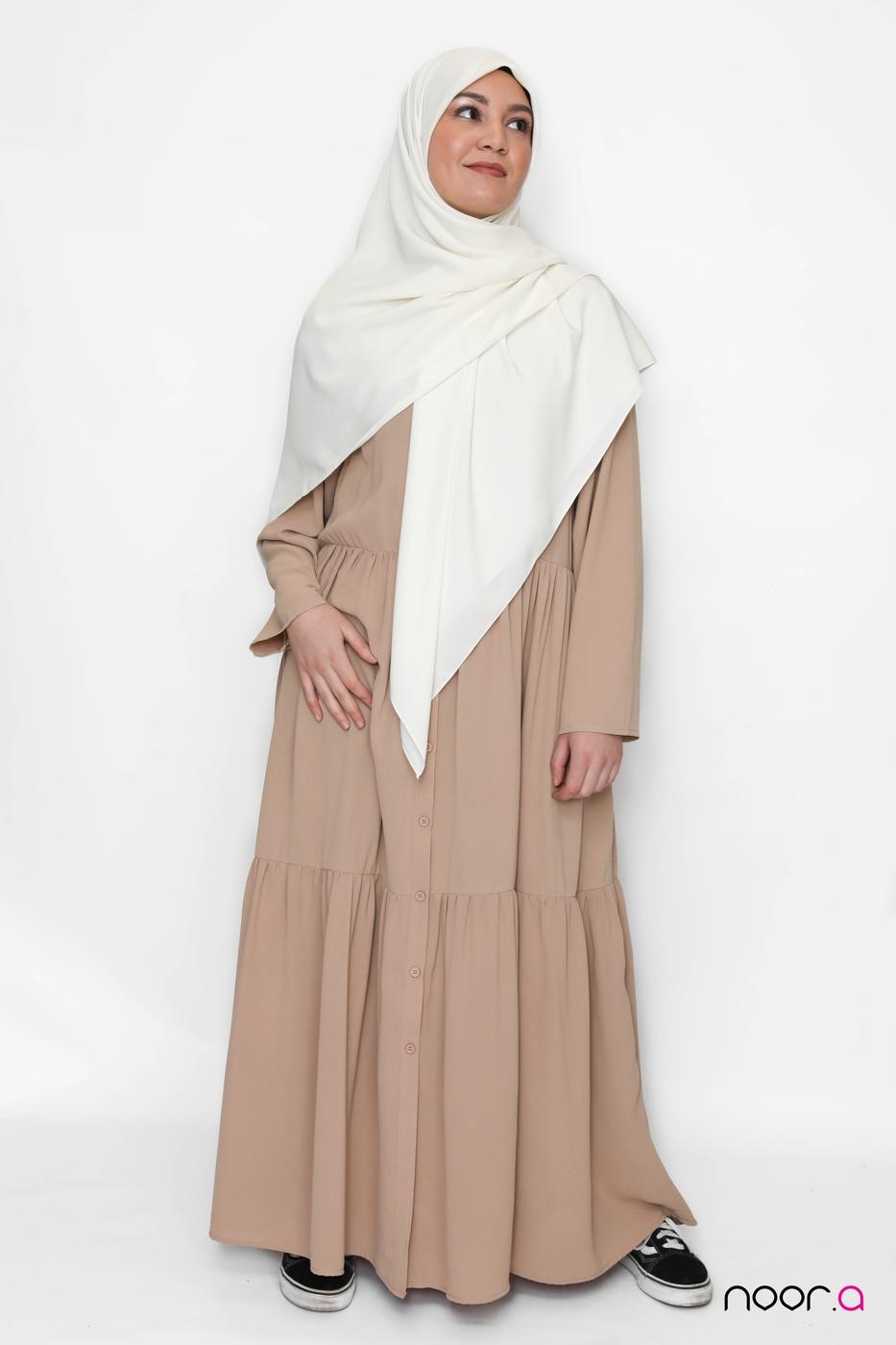 hijab-maxi-carré-blanc-robe-longue-champetre-beige (4)