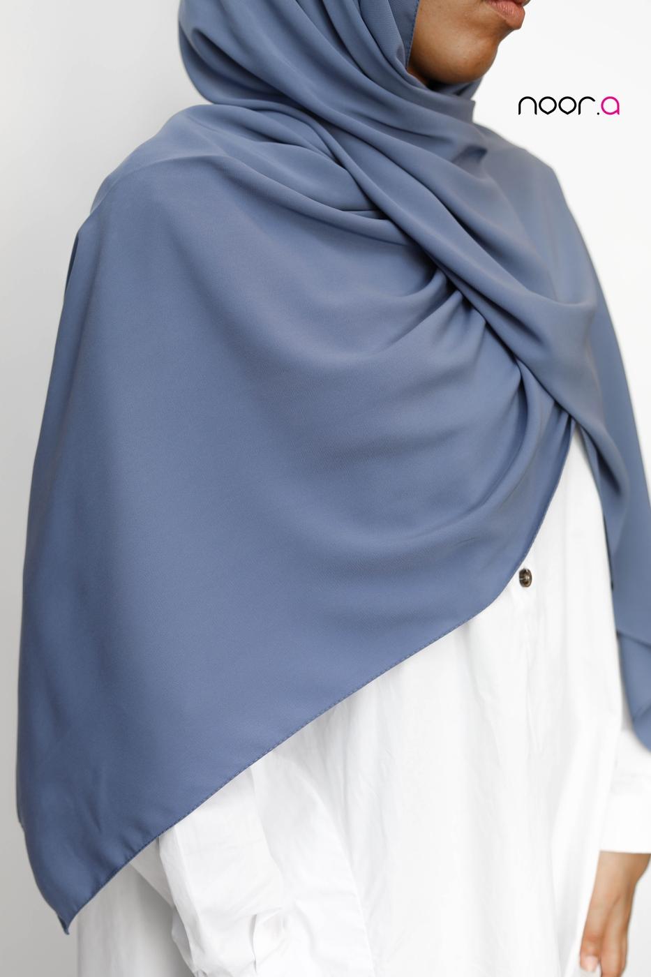 hijab-soie-de-medine-bleu-bleuet
