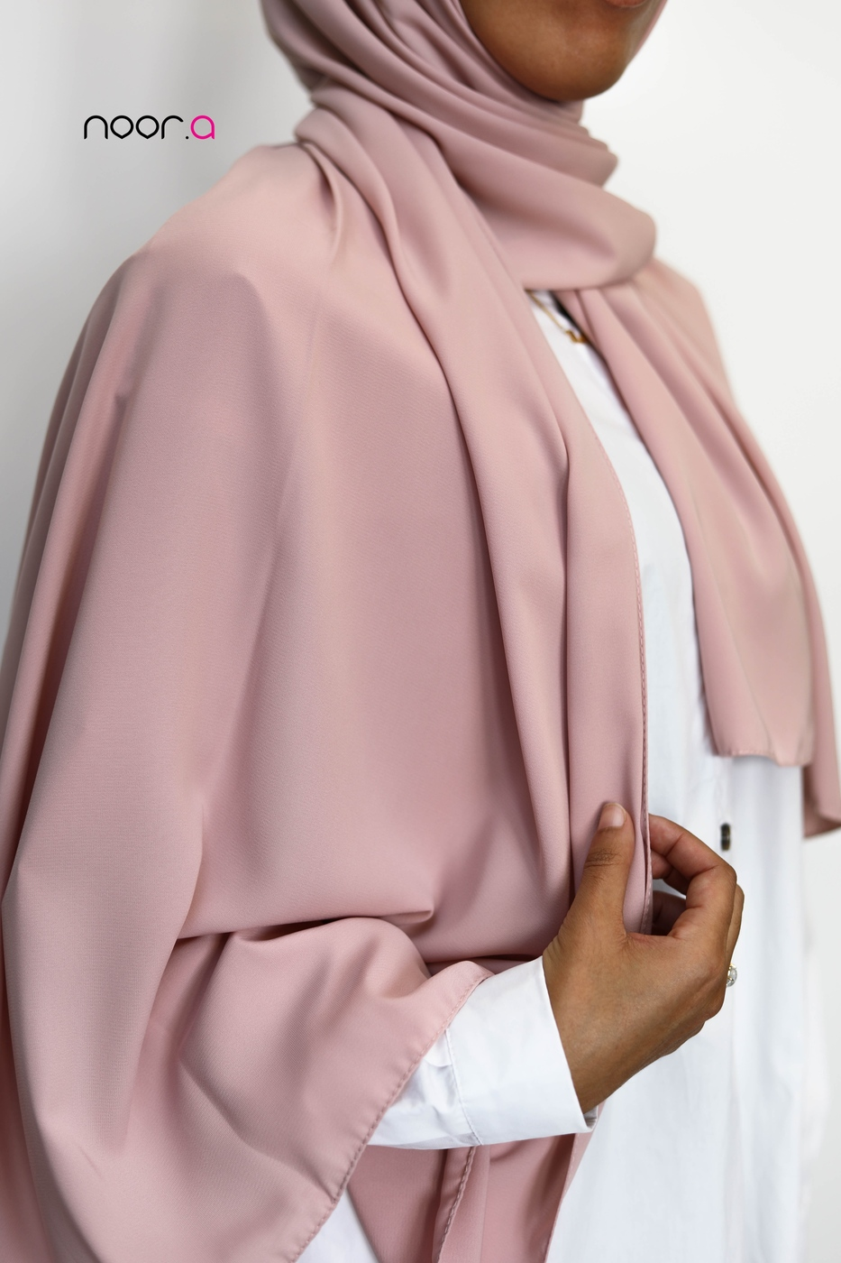 hijab-soie-de-medine-rose-pale (4)