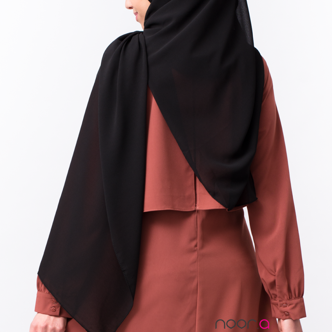 hijab_mousseline_noir