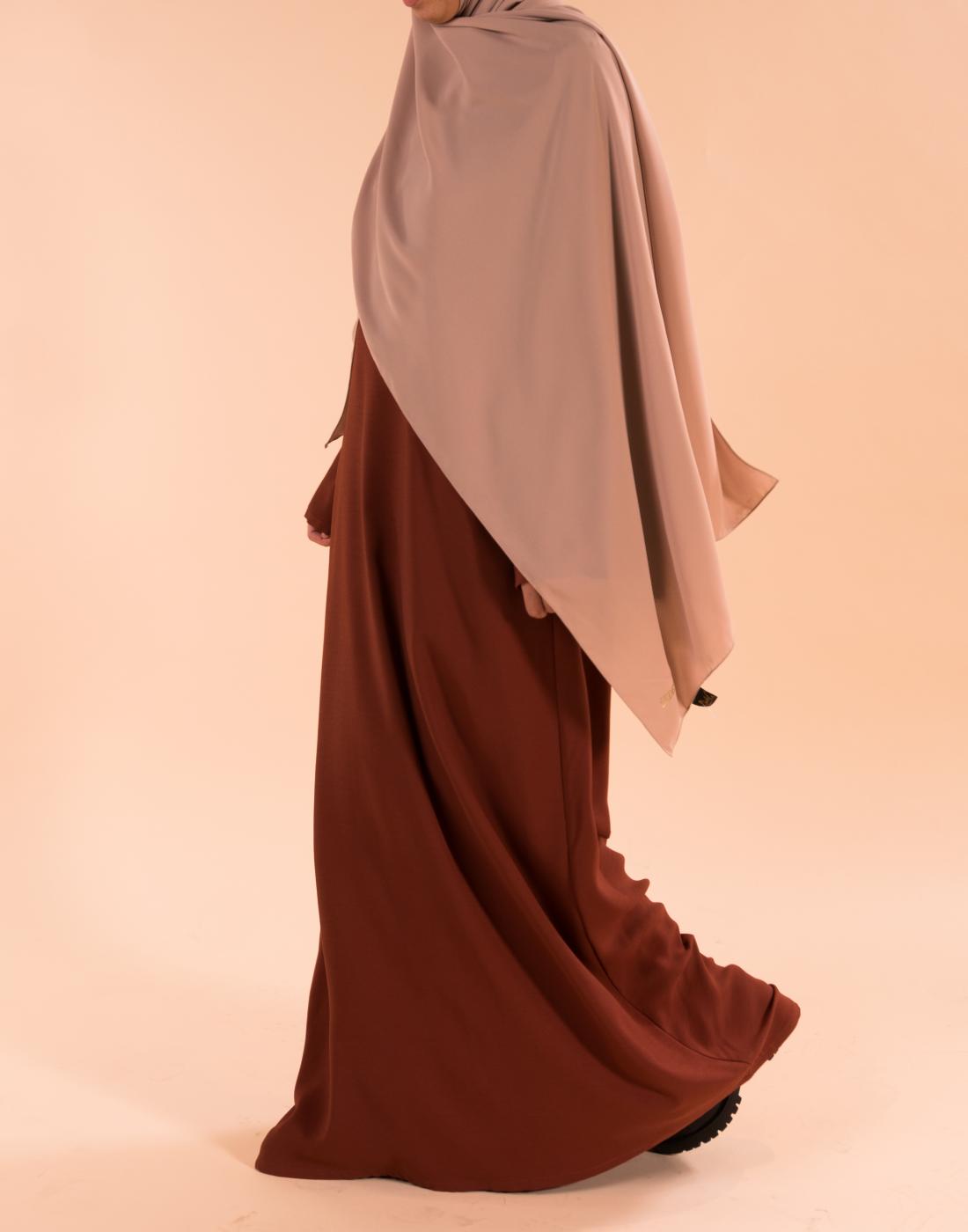 robe_droite_rouille_hijab_soie_de_medine_sable (2)