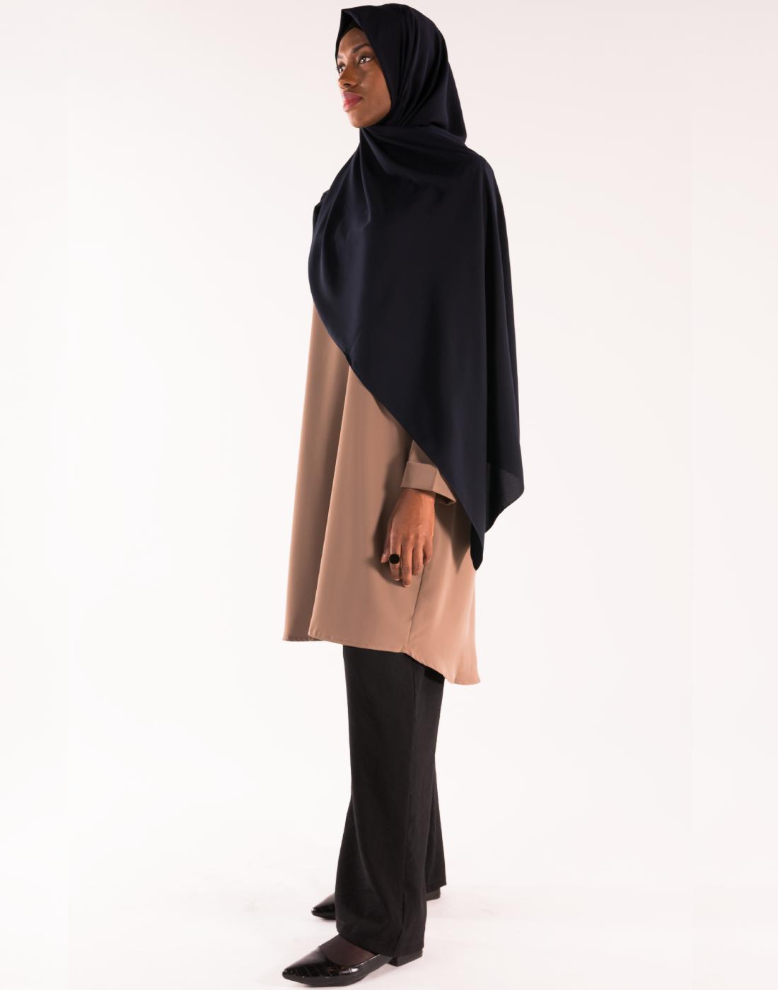 tunique_col_v_taupe_hijab_soie_de_medine_BM